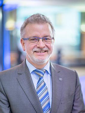 歐州議會德國議員米歇爾·戛樂(Michael Gahler)