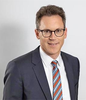 尼爾斯·科斯勒博士(Dr. Nils Kosler)