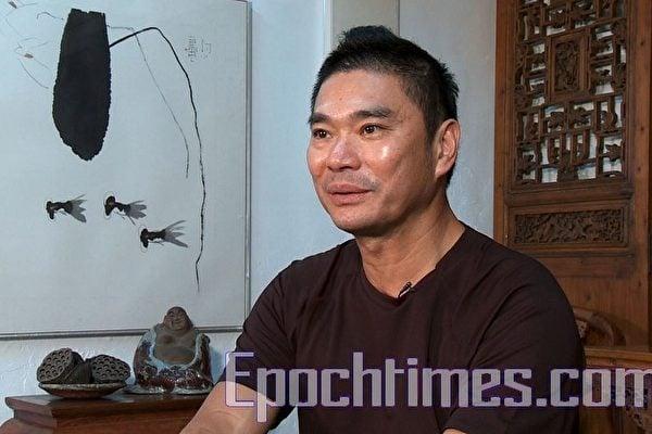 香港頂級華人時裝設計師鄧達智(William Tang)(大紀元資料圖片)