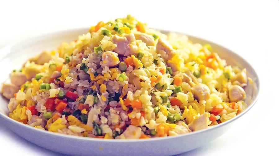 減脂瘦身必備!花椰菜米炒飯