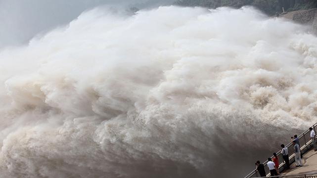 下游快跑!官方下令 三峽大壩淮河太湖超級洩洪