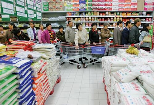 洪災氾濫之際,中共官方仍聲稱中國糧食豐收充足,產量創歷史新高,引發民眾議論。示意圖(Getty Images)