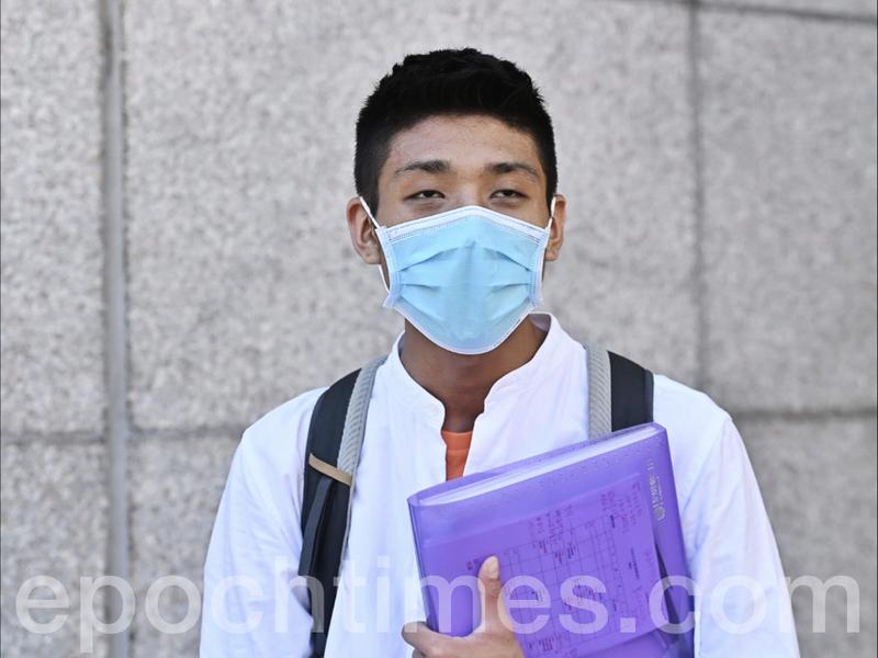 報名參選2020年立會選舉 發起「墨落無悔」鄒家成冀讓香港重歸港人