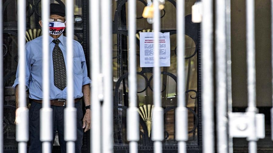 香港官員帳戶被外資銀行關閉