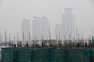 中國樓市泡沫再膨脹 被指長期破壞性堪比崩盤
