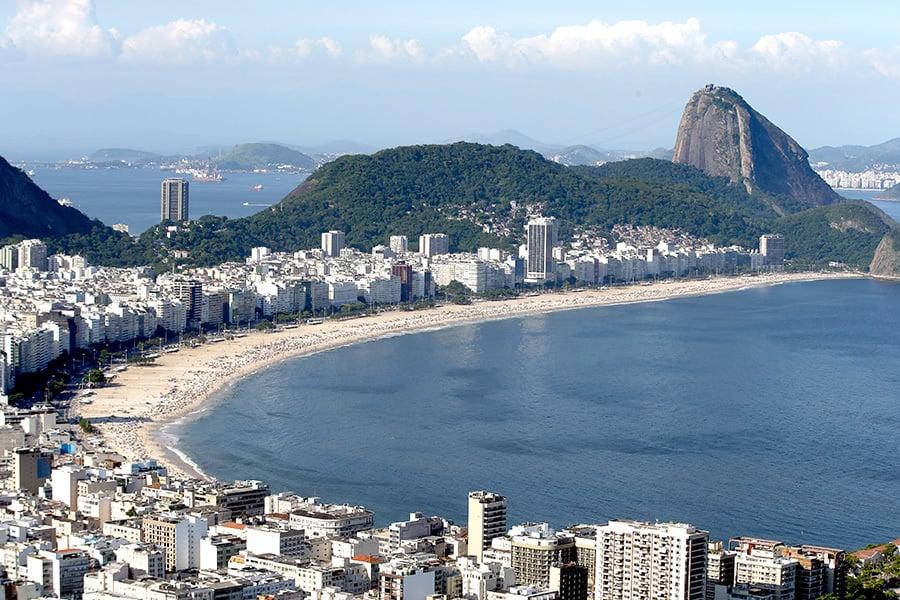 里約熱內盧的科巴卡巴納海灘。(Matthew Stockman/Getty Images)