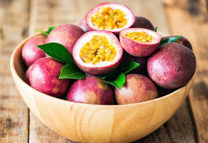 廣受喜愛的熱情果 整顆果實富含營養與效用 夏天吃最對味