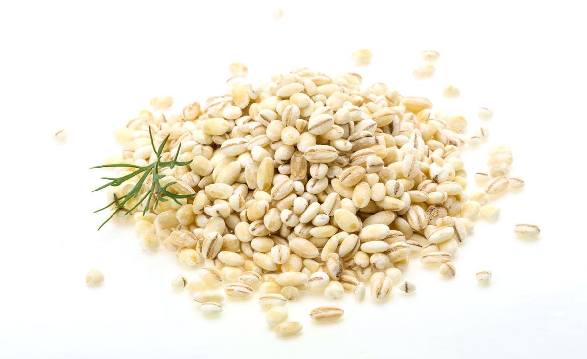 《本草綱目》中記載:「薏米能健脾益胃,補肺清熱,去風滲濕。」( Fotolia)