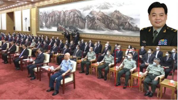 央視畫面出現鍾紹軍的鏡頭 。(影片截圖)
