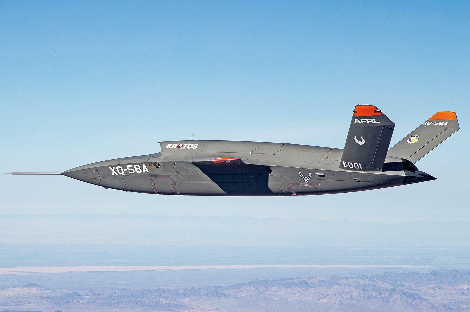 克拉托斯公司研發的XQ-58A女武神(Valkyrie)無人機,2019年3月5日在亞利桑那州猶馬試驗場試飛成功。(U.S. Air Force)