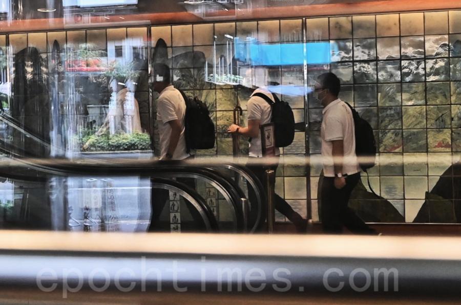 7名大陸核酸檢測先遣官員首日不出勤 胡定旭曾進維景酒店