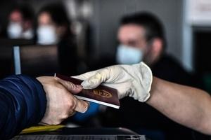 武漢體制內人私人護照「全部」失效 當地人談禁令
