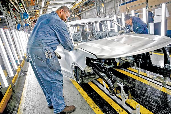 美國經濟復甦勢頭良好 七月製造業指數再報佳音