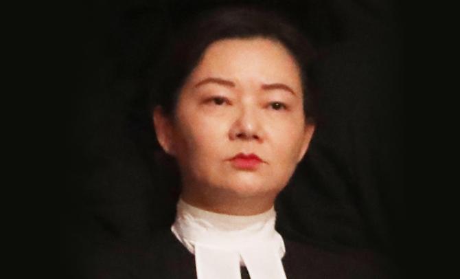 裁判官吳重儀重判2名在連儂牆張貼文宣的市民。(立場新聞)