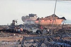 貝魯特大爆炸 逾10名消防員失蹤 郵輪被震沉