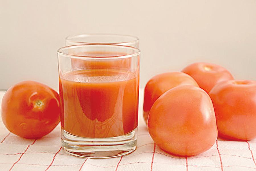 喝一杯天然番茄汁抗老又防癌 還保護心血管
