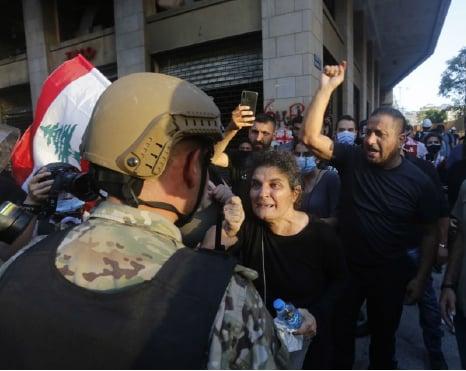 8 月8日,黎巴嫩首都貝魯特爆發反政府抗議活動。(AFP)