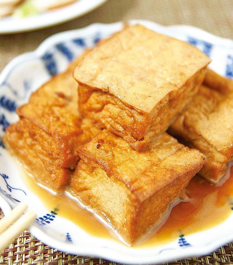油豆腐的熱量高,想要減肥的人不宜多吃。