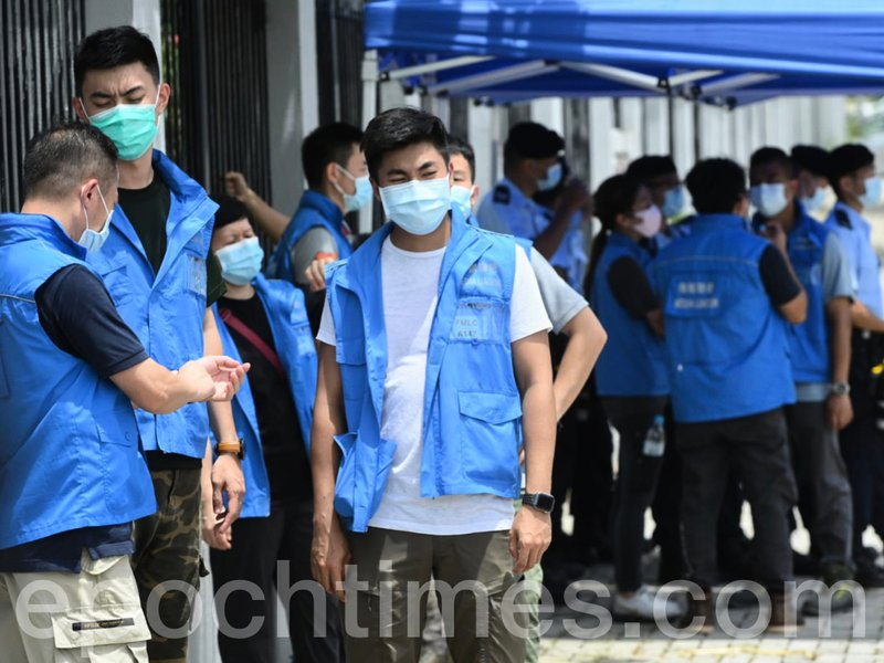 RTHK等多家傳媒遭拒進入壹傳媒現場採訪區 警方潛規則:過往無阻礙警方行動方可入