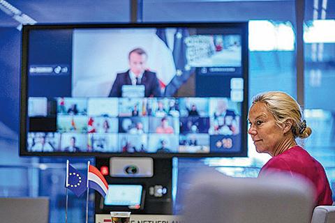 世界各國領導人9日較早也舉行募集國際捐獻的視訊會議,會議由法國總統馬克龍主持。(AFP)