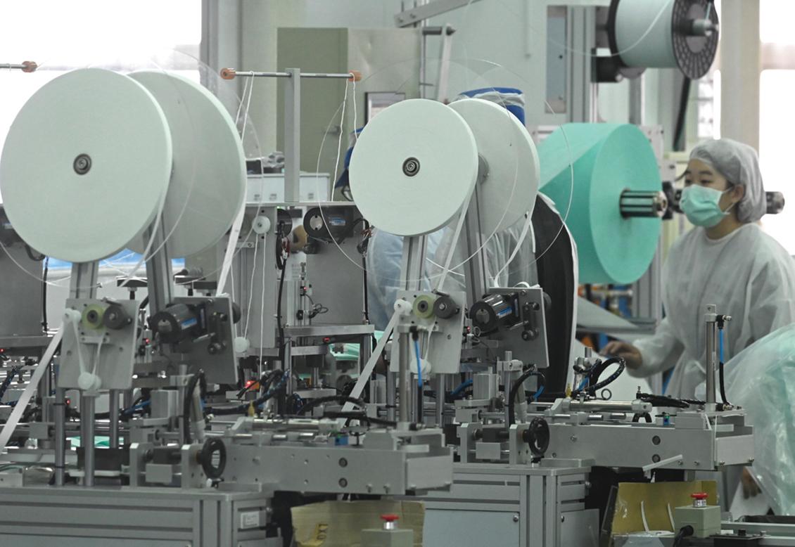 中共商務部長公開承認中國產業外移壓力大。(SAFP)