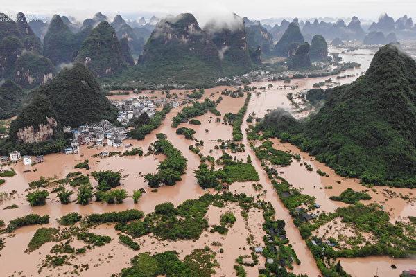 中共近日聲稱「夏糧豐收」,引發民眾批評。(STR/AFP via Getty Images)
