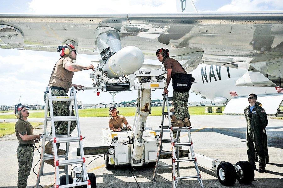 美國冷戰武器今派用場魚叉反艦導彈