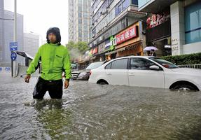 中國七月份經濟數據慘澹