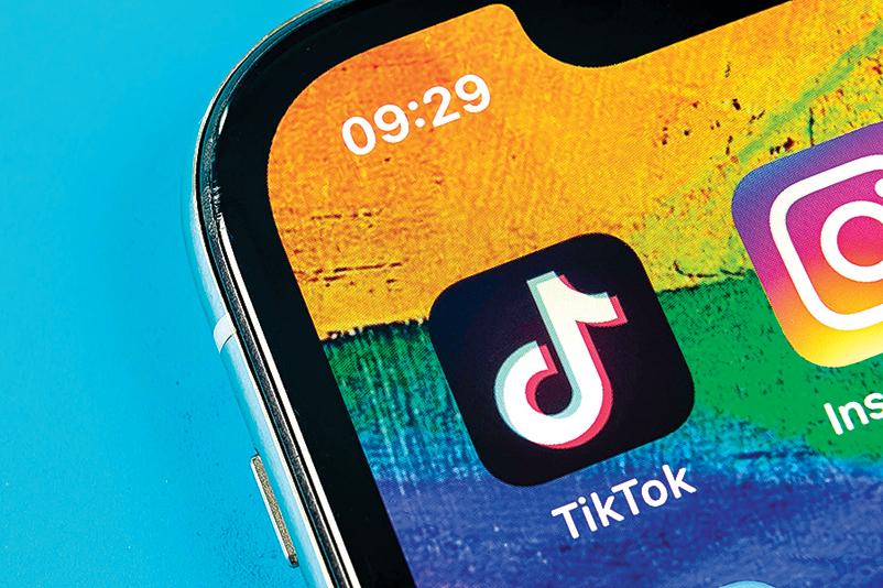 TikTok利用安卓(Android)系統的漏洞,以違反規定的方式,偷偷追蹤安卓用戶至少15個月。(Shutterstock)