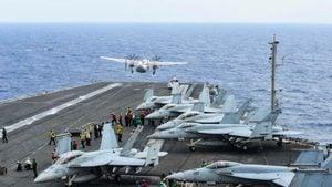 美航母重返南海演習 B-1B轟炸機逼近東海識別區