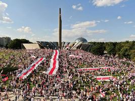 白俄羅斯總統稱公投後交權