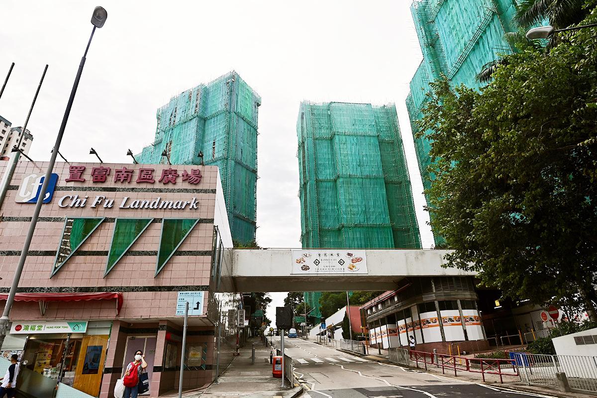 █ 鄧炳強個人持有的南區置富花園單位,已由滙豐銀行轉按至中銀香港。(宋碧龍/大紀元)