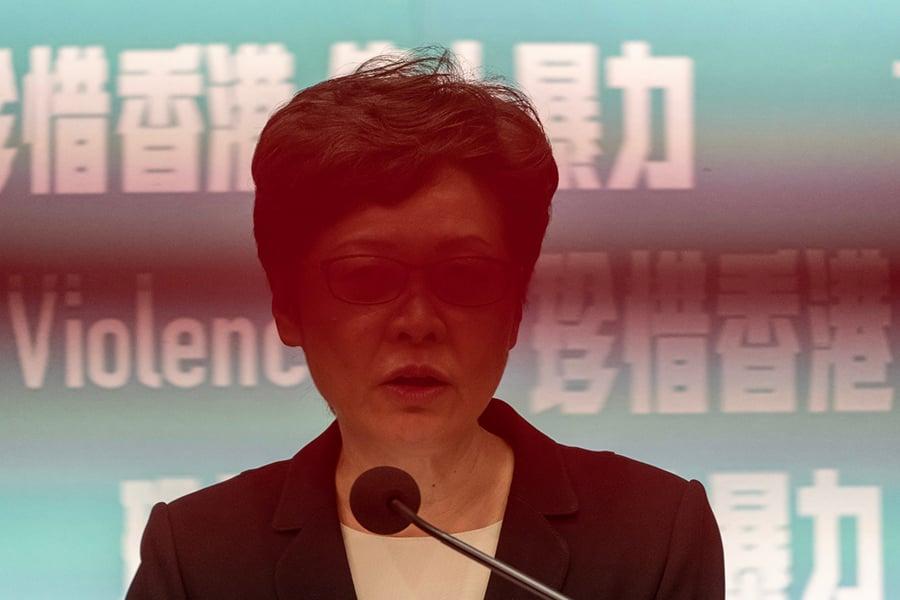 香港國際機構林立,大部份公司皆與美金扯上關係,為避免受牽連,美企應不可向被制裁者提供金錢交易上的服務,細節要視乎它們於香港區的持股結構。(Getty Images)