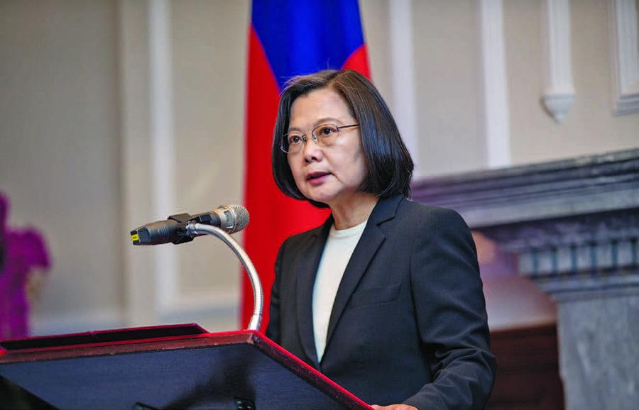 台灣總統蔡英文:和平靠國防