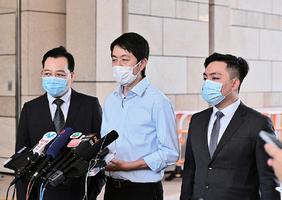 律政司撤銷兩私人檢控獲批 許智峯斥向受害人傷口撒鹽