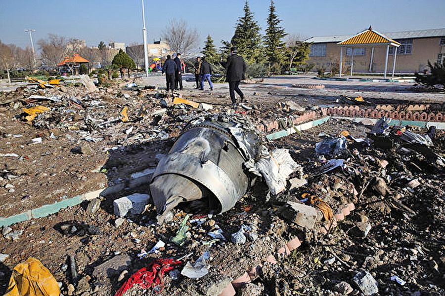 烏航空難 25秒內被兩枚伊朗導彈擊中