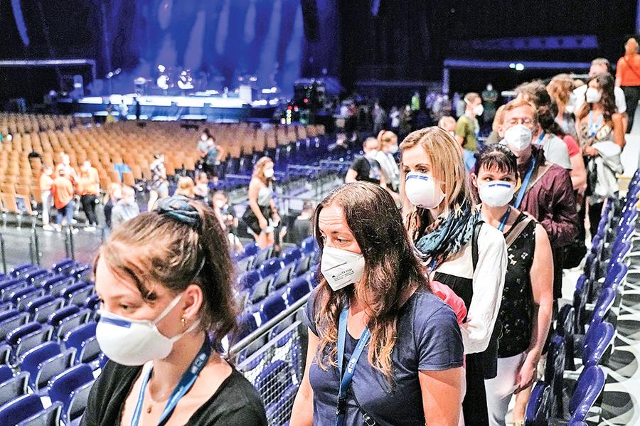 疫情下多少人群聚會導致病毒散佈?