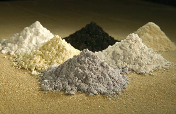 稀土元素中的釓、釤、釹、鑭、鈰、鐠的氧化物。(維基百科公有領域)