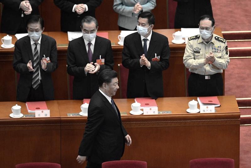 「沒人想跟領導人一起瘋」 中國富商談權貴大逃亡