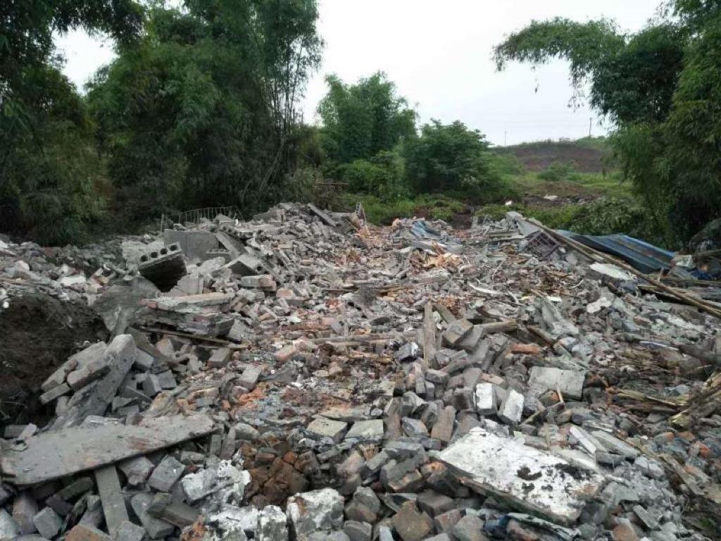 重慶曹女士家遭強拆後變成廢墟。(受訪者提供)
