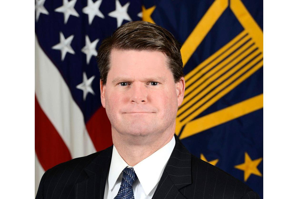 前美國國防部助理部長薛瑞福(Randall Schriver)表示,若北京當局認定美國不會為台灣而戰「將是一場非常冒險的豪賭」。圖為薛瑞福。(公有領域)