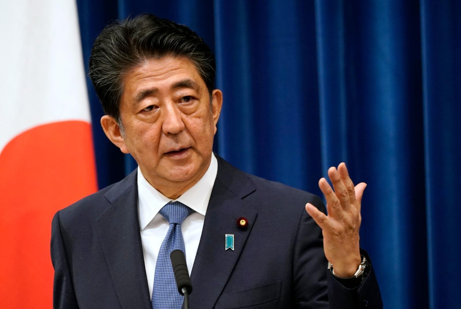 日本首相安倍晉三(Shinzo Abe)2020年8月28日宣佈,因健康原因,決定辭職。(FRANCK ROBICHON/POOL/AFP via Getty Images)