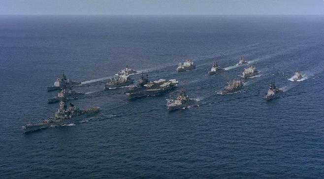 美軍第3艦隊司令康恩近日表示,美國海軍有38艘船正在南中國海及印度太平洋地區航行。被認為是震懾、監視中共。(公有領域)