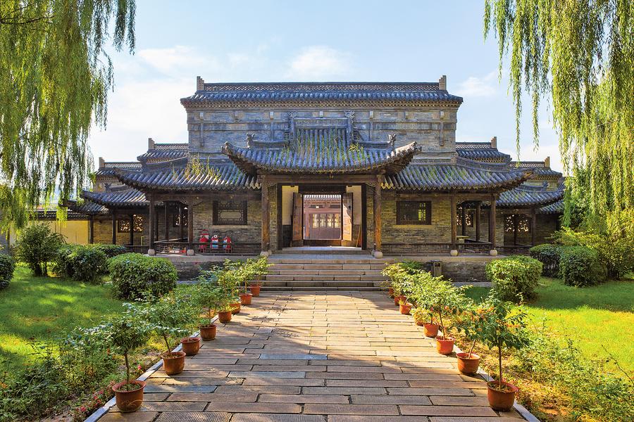重溫經典——《官場現形記》上下五千年的文化與科技 命運多舛的時代 ——大陸時期的中華民國