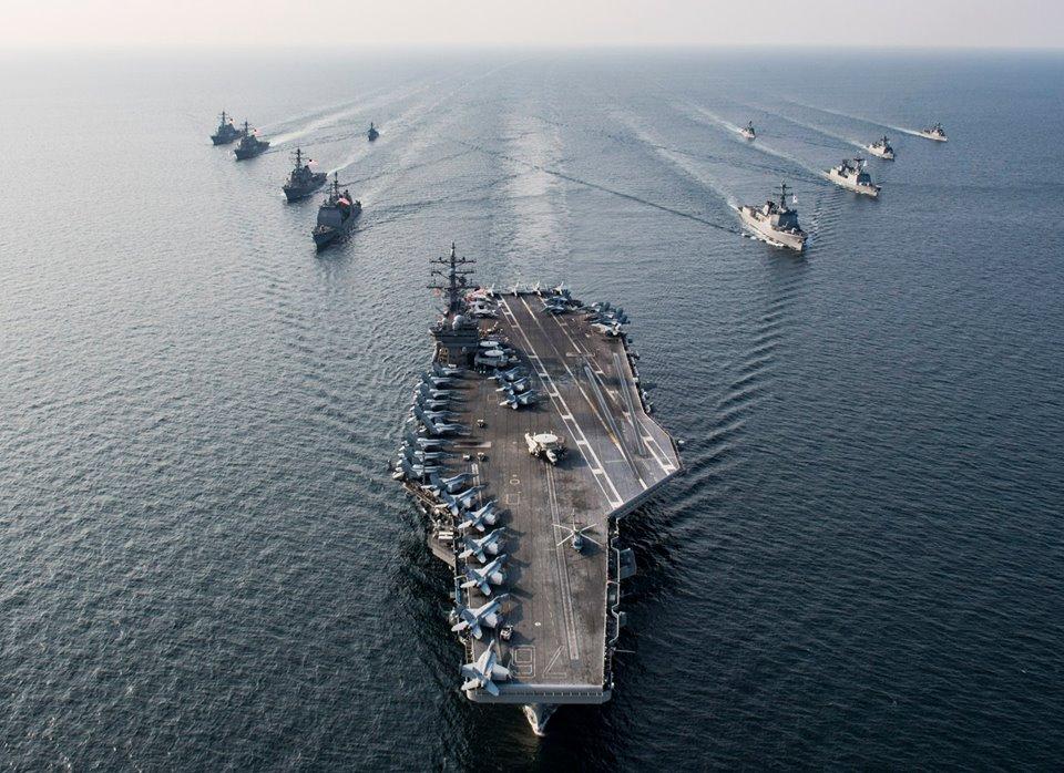 美國防長馬克埃斯珀近日告訴軍事演習戰艦上的士兵說,你們在確保與中共競爭,你們可以在任何時間、地點戰鬥並擊敗他們。(示意圖)(facebook.com/ussronaldreagan)