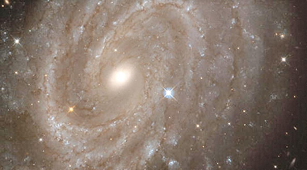 銀河系中心「新星沙漠」科學家不解