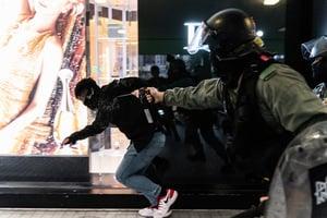 美報告揭中共藉輪換駐軍 派武警入港鎮壓反送中