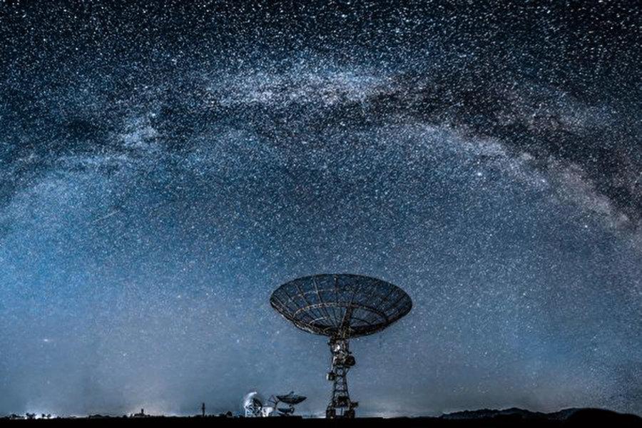 兩星系團之間現巨大「天橋」