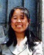吉林大學應用數學系女教師,2002年3月末4月初的一天晚上,長春市公安局的警察把沈劍利提審拉出雙陽看守所,就再也沒有回來。沈劍利被迫害致死後,其屍體在哪裏卻無下落。(明慧網)