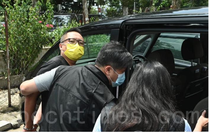 「快必」今早(9月6日)被香港警方「國安」人員拘捕。(宋碧龍/ 大紀元)